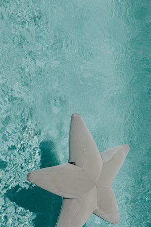 Colchoneta en forma de estrella terraza o piscina